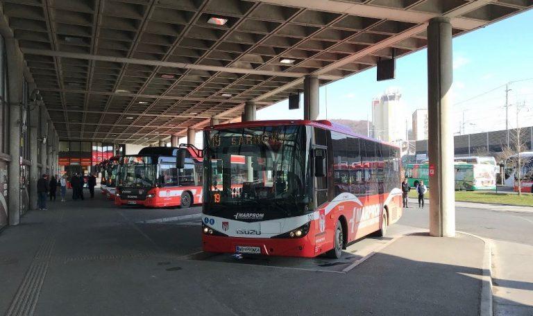 Avtobusi polni vozni redi 1024x709